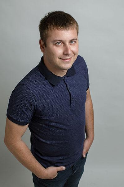 Team_VolodymyrAksonov